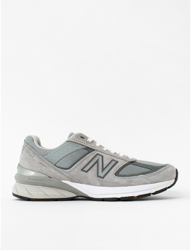 M990 Sneaker by New Balance