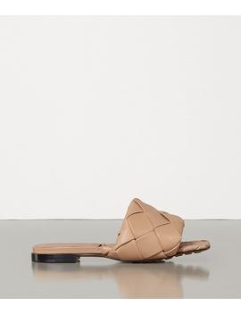 Bv Lido Flat Sandals In Nappa by Bottega Veneta