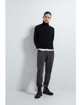 corduroy-trousers-with-pockets by zara
