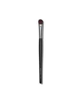 E64 Angled Concealer Brush by Morphe