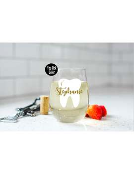 dentist-wine-glass---dental-assistant-gift---dental-hygienist---dental-hygienist-gift---dental-assistant---gift-for-her---graduation-gifts by etsy