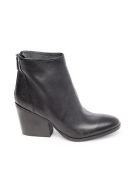 Zayn Black Leather by Steve Madden