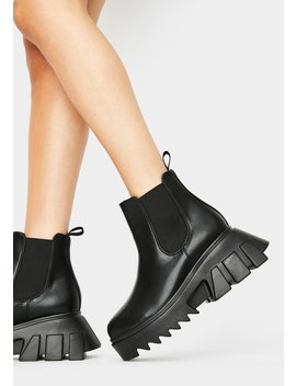 gearin-up-platform-boots by lamoda