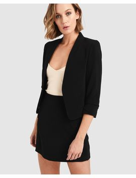 angelina-cropped-blazer by forcast