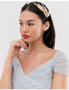 asos-design---złota-tiara-wysadzana-perłami-z-motywem-liści-z-metalu by asosdesign