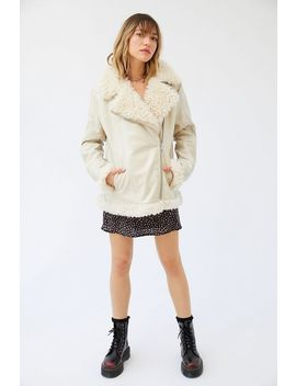 uo-tania-sherpa-lined-faux-leather-moto-jacket by urban-outfitters