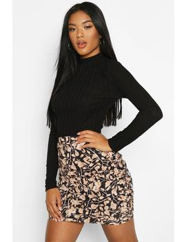 Floral Ruched Mini Skirt by Boohoo