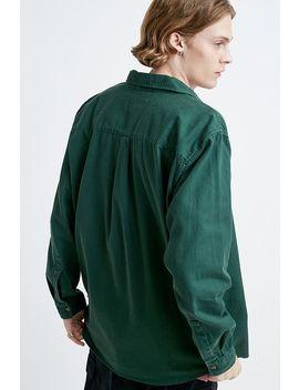 uo---chemise-boutonnée-manches-longues-en-sergé-verte by urban-outfitters