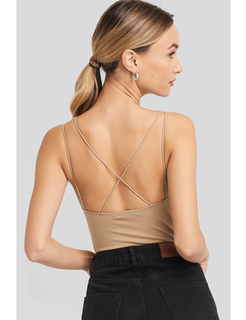 cross-back-body-beige by na-kd-party