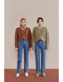 warm-heart-turtleneck-knit-top by chuu