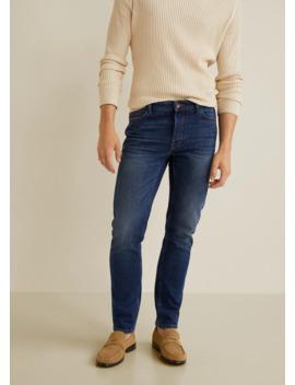jeans-tim-slim-fit-lavado-oscuro-desgastado by mango