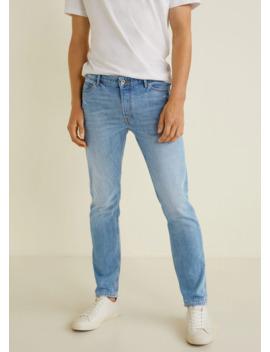 jeans-tim-slim-fit-lavado-claro by mango