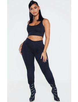 shape-black-skinny-jogger by prettylittlething