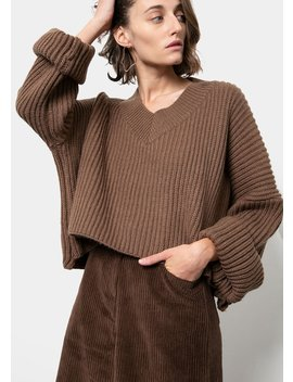 walnut-cropped-v-neck-sweater by the-frankie-shop