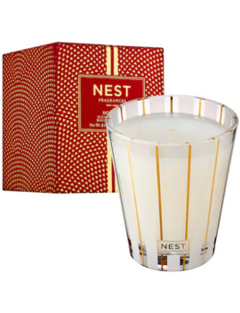 holiday-luxury-candle by nest