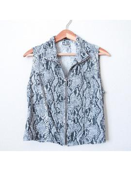 vtg-snakeskin-print-silk-blouse-zip-up-sleeveless by vintage
