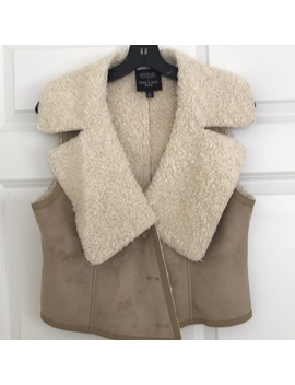 faux-shearling-vest by romeo-&-juliet-couture