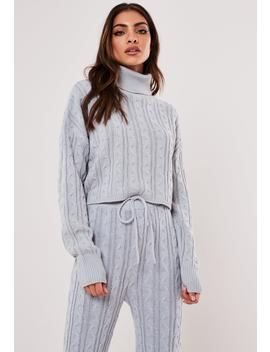 gray-co-ord-cable-knit-crop-sweater by missguided