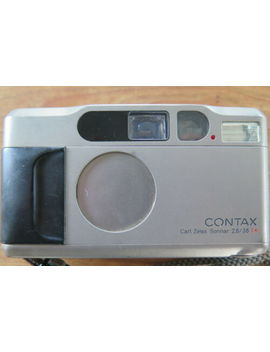 contax-t2-35mm-film-camera-carl-zeiss-sonnar-38mm-f28-t*-lens-user-condition-uk by contax