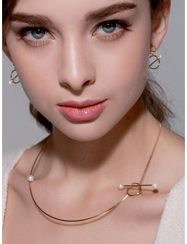 cupid-pearl-line-necklace by tatiana