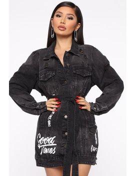 live-in-the-moment-denim-jacket---black by fashion-nova