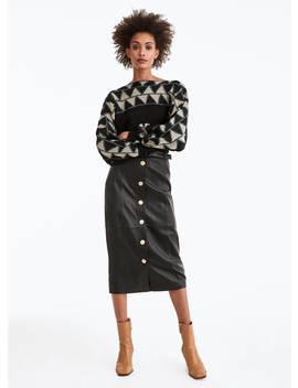 sweater-com-losangos-e-pormenor-na-manga by uterqüe