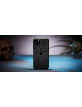 iphone-11-pro-skins-&-wraps by dbrand