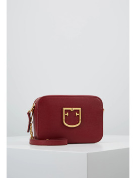 brava-mini-crossbody---torba-na-ramię by furla