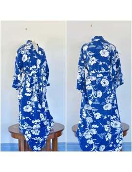 vintage-blue-+-white-floral-kimono-__-japanese-style-vintage-robe-__-midcentury-belted-loungewear-__-free-size by etsy