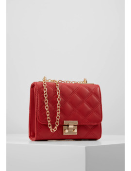 Margo Quilted Chain Shoulder   Torba Na Ramię by New Look