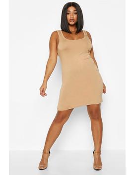 Plus Basic Sccop Neck Bodycon Dress by Boohoo