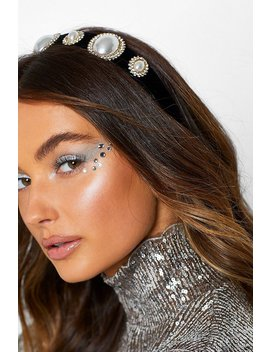 Large Pearl And Diamante Headband by Boohoo