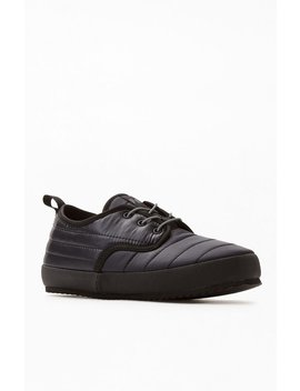 Holden Puffy Slipper Shoes by Pacsun
