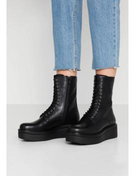 Tara   Platform Ankle Boots by Vagabond