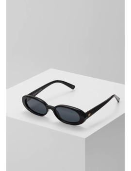 Outta Love   Sunglasses by Le Specs