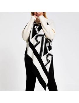 Plus Cream Print Asymmetric Knitted Jumper by River Island