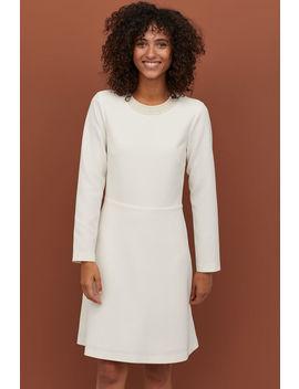 Vestido Com Contas Nacaradas by H&M