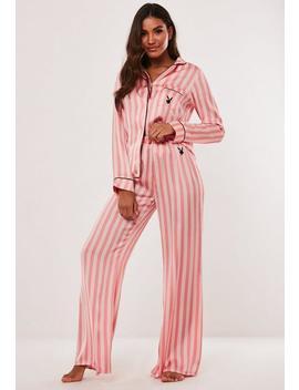 Playboy X Missguided Gestreiftes Satin Pyjama Set Aus Mit Logo Und Paspeln In Rosa by Missguided