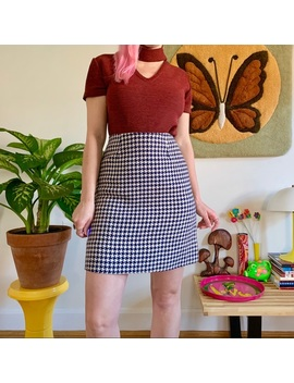 """Mod 1960s Houndstooth Mini Skirt Xs/S 26"""" by Vintage"""