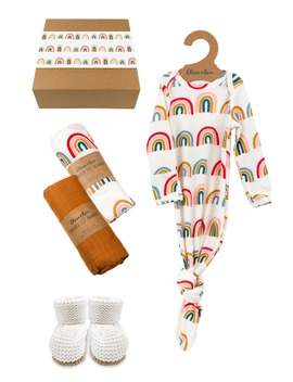 Organic Cotton Gown, Swaddles & Bootie Newborn Gift Set by Oliver & Rain