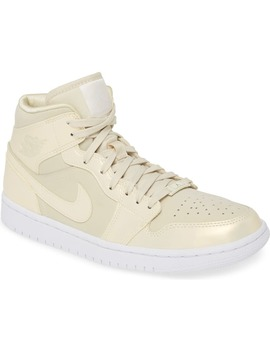 Air Jordan 1 Mid Se Sneaker by Jordan