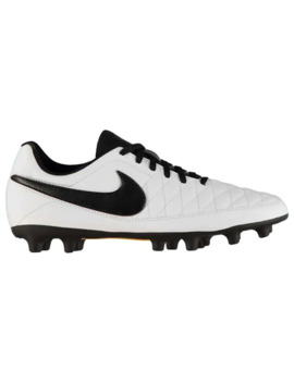 Majestry Mens Fg Football Boots by Nike