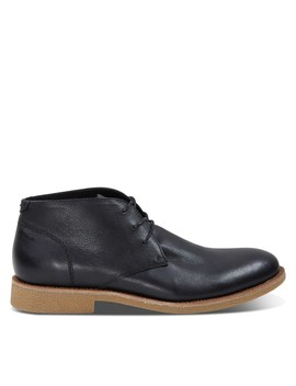 Men's Emilio Chukka Boots In Black by Floyd