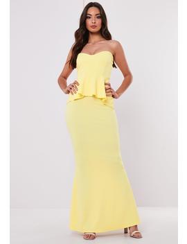 Petite Bridesmaid Lemon Sweetheart Bandeau Peplum Maxi Dress by Missguided