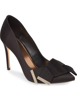 Iinesi Pump by Ted Baker London