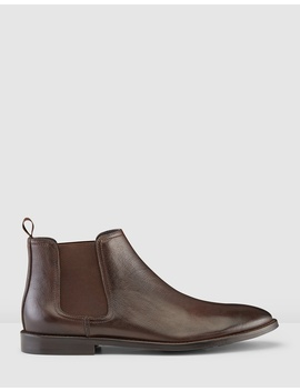 Quintana Chelsea Boots by Aquila