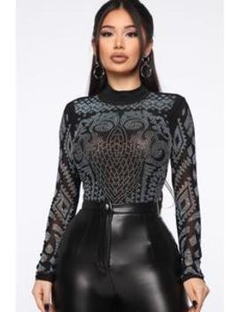 Embellish The Truth Crop Top   Black by Fashion Nova