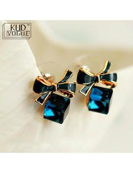 High Quality Fashion 2019 Chic Shimmer Bow Knot Cubic Green Blue Crystal Earrings Rhinestone Stud Earrings For Women 8446 by Ali Express.Com
