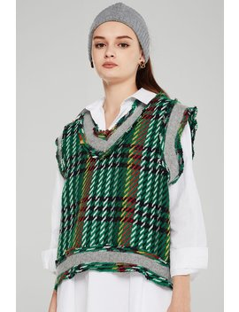 Adele Plaid Knit Cropped Vest by Storets