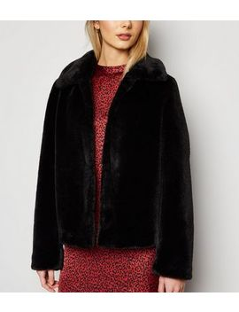 Black Faux Fur Collared Coat by New Look